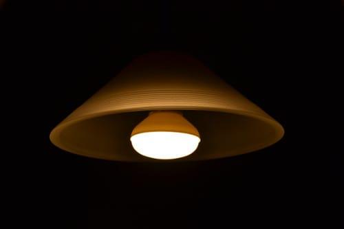 Zelf lamp ophangen